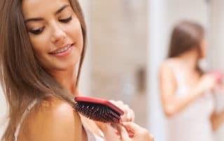 Dermatologia: as seis razões mais comuns para queda de cabelo.
